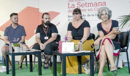 Sebastià Portell, Pau Vadell, Ester Andorra y Maria Bohigas, en una mesa redonda.