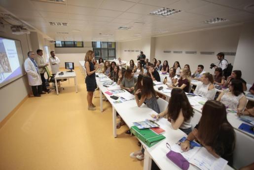 Imagen del inicio de las clases en la Facultad de Medicina.