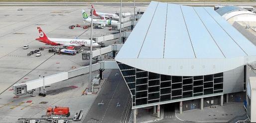 Dique 'hub' del aeropuerto de Son Sant Joan que operaba al cien por cien la compañía Air Berlin, hasta que decidió cancelar esta operativa.