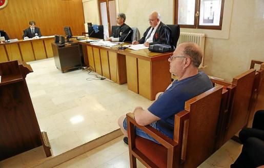 El acusado, durante el juicio celebrado en la Audiencia Provincial de Palma.