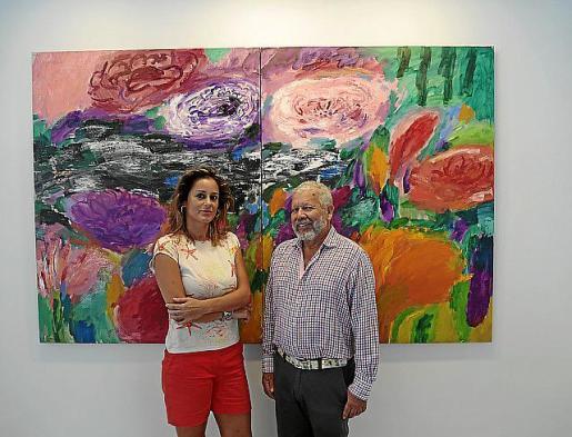 Rosa Vanrell y el artista Willy Ramos.