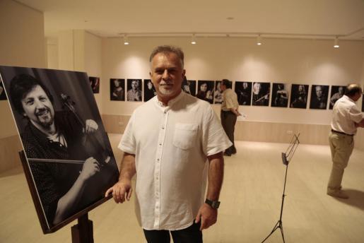Józef Szafranski, músico de la Simfònica y autor de las fotografías del conjunto balear.