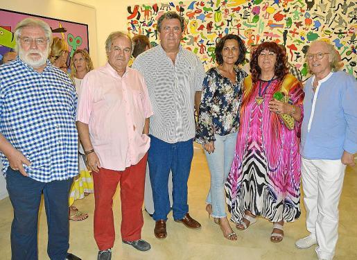 Toni Torelló, Miquel Vidal, Ramón Servalls, Tonina Bestard, Regine Peñalver y Gustavo.
