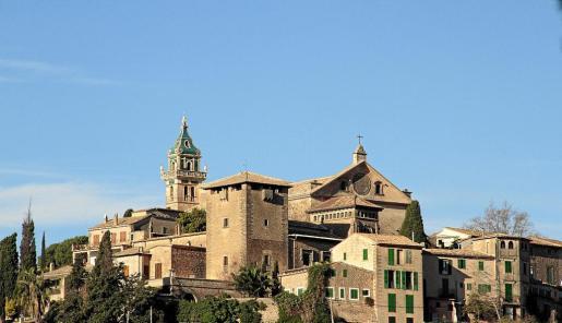 Imagen de conjunto de la Cartoixa de Valldemossa, que es Bien de Interés Cultural y goza de la máxima protección.