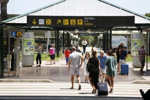 Los turistas han pagado esta temporada el impuesto de turismo sostenible, aprobado por el Govern.
