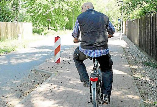 Frank Hanebuth, fotografiado durante un paseo en bicicleta.