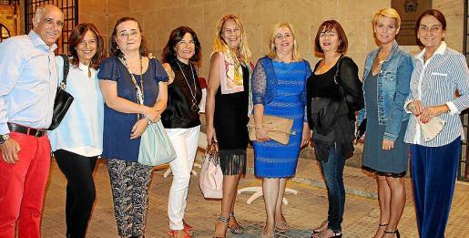 Miguel Rotger, Charo Sanz, Sheila Schmitz, Mari Carmen Pardo, Águeda Ropero, Cati Gelabert Niell, Silvia March, Aina Aguiló y Amalia Estabén.
