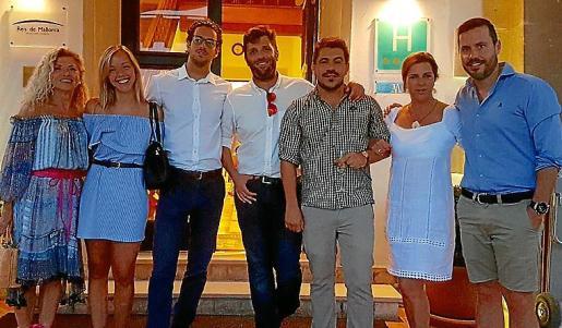 Susana Santamaria, Clarissa Wellenbrink, Javier Rossich, Nacho Rossich, Ernesto Rodríguez, Catín Darder y Diego Amorós.