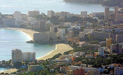 Vista aérea de la zona hotelera de Magaluf.