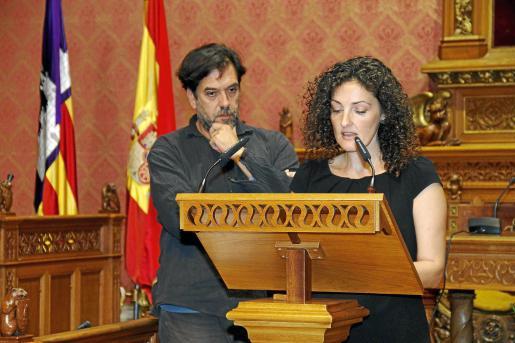 Los actores Xim Vidal y Eva Torres leyeron poemas de Andreu Vidal y Miquel Bauçà.