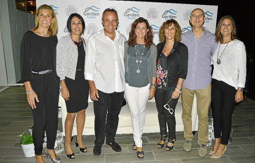 Marga Socias, Susana Rodríguez, Toni Gelabert, Reme Crespo, Cati Mari Reynés, Jaume Cladera y Maria Antònia Picó.