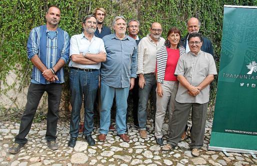 La junta de la nueva asociación: Juan Juan, Albert Catalán, Joe Holles, Climent Picornell, Jaume Garau, Antonio Martínez, Antònia Llabrés, Joan Mayol y Bruno Entrecanales.