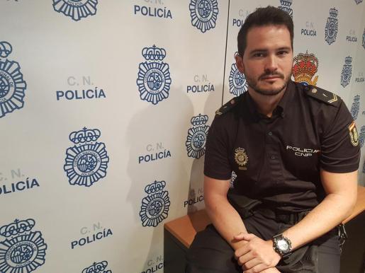 Gabriel Muñoz, el policía que salvó la vida de dos niños que se estaban ahogando en Son Serra de Marina el pasado mes de agosto.