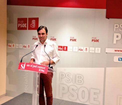 Francesc Miralles durante la rueda de prensa posterior a la reunión del Consell Polític del PSIB.
