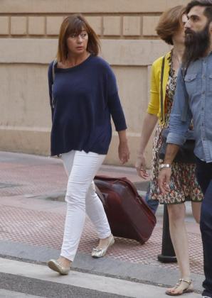 La presidenta de Baleares, Francina Armengol, a su a la sede del PSOE.
