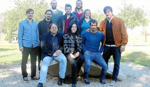 Sascha Husa y Alicia Sintes, sentados a la izquierda, están al frente de la participación de la UIB en LIGO.