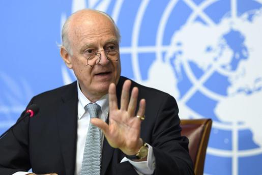 El enviado especial del Secretario General de la ONU para Siria, Staffan de Mistura, informa sobre la Fuerza de Acción para el Acceso Humanitario del Grupo de Apoyo a Siria, en la sede europea de las Naciones Unidas en Ginebra.
