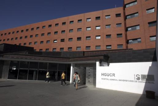 Vista del hospital de Ciudad Real, donde ha sido trasladado José Bretón, que cumple 40 años de prisión de prisión como autor de dos delitos de asesinato por la muerte de sus hijos en 2011, para ser operado tras autolesionarse con dos cortes en el cuello en su celda en la cárcel de Herrera de la Mancha (Ciudad Real).