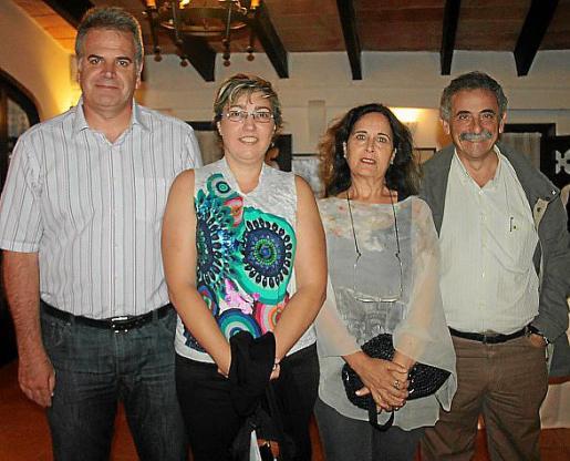 Pere Tomàs, Esperança Pons, Concha Moreno y Miquel Aguiló.