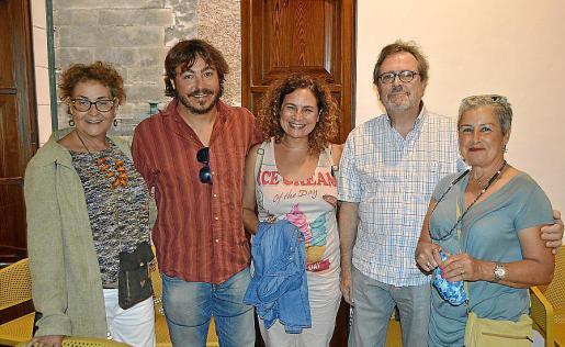 Aina Bou, Bernardí Matas, Maria Antònia Bou, Lürgen Herbst y Ángeles Escudero.