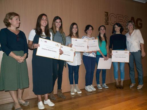 Los alumnos y profesores Magdalena Cortés, Catalina Bosch, Isabel Moyà, Catalina Porsell, Carmen Truyols, Patricia Mota, Virginia Galán y Maria Antònia Puigrós.