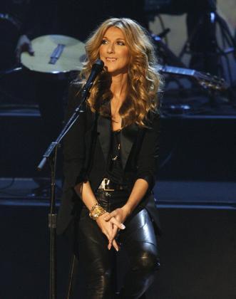 La cantante Celine Dion dio a luz a dos niños mellizos el pasado sábado.