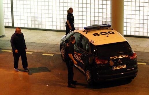 Una patrulla de la Policía Nacional durante una intervención.