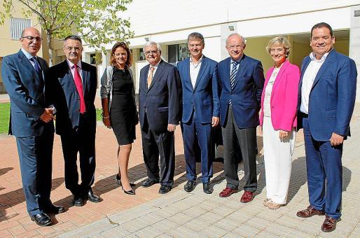 Ignacio Ferrero, Miguel Ángel Ariño, Celia Torrebadella, Francisco Bouthelier, Xicu Costa, Jorge Oroviogoicoechea, Nuria Chinchilla y Omar García.