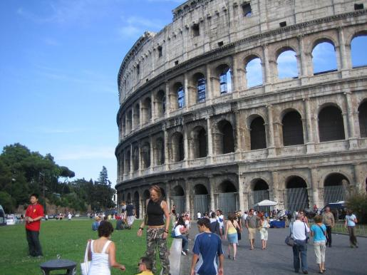 Las grandes capitales europeas reciben a numerosos turistas durante el puente de noviembre.
