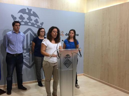 La regidora de Seguridad Ciudadana, Angélica Pastor, ha informado en rueda de prensa de esta decisión tomada en la Junta de Gobierno municipal y que ejecuta una sentencia de la Audiencia Provincial y del Tribunal Supremo.