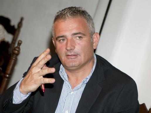 El portavoz del PP en el Consell de Mallorca. Jaume Font, durante una rueda de prensa.