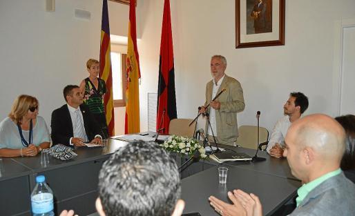 March fue elegido alcalde con los votos de Junts, UMP y Alternativa pero este último grupo se quedó en la oposición.