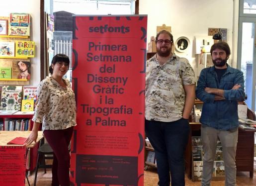 Noemí Garcías, Miquel Ferrer y Damià Rotger, en la presentación del festival Setfonts dedicado al sieño gráfico y a la tipografía.