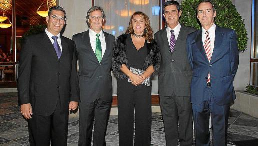 Antonio Balaguer, Emigdio Álvarez, Joana Perpinyá, Daniel Salamanca y Bartolomé Nadal.