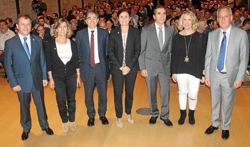 Juan Rosselló, Margalida Pons, César García, Paula Serra, Ramón Torres, Lina Pons y Miquel Puig.