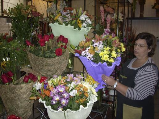 Palma celebra una 'Fira de les flors' con motivo de la fiesta de Todos los Santos.