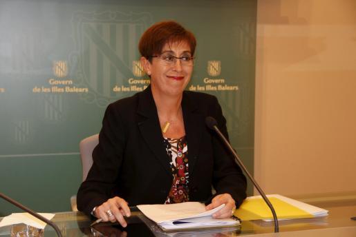 La portavoz del Govern, Joana Barceló, ha incidido hoy tras el Consell de Govern en que el propósito de la renta mínima es contribuir a la integración de personas en situación vulnerable y evitar su exclusión social.