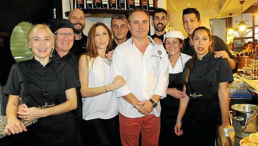 Leticia Micheluti, Antonio Fernández, Miquel Raga, Raquel García y German Caro, Carlos Carbonell, Fernando Pérez, Adriana Lores, Yusuf Bontaur y Claudia García.