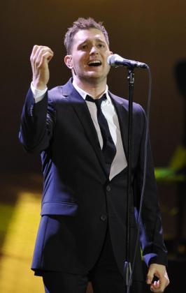 El cantante canadiense Michael Bublé, en acción en una actuación en el Olympic Hall de Múnic.