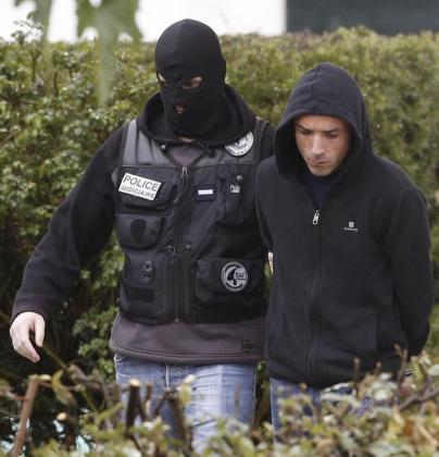 El actual líder de la organización terrorista ETA, Mikel Irastorza, tras su detención por la policía francesa en colaboración con la Guardia Civil.