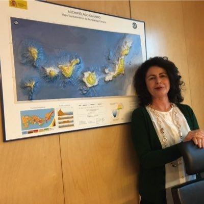 La nueva secretaria de Estado de Turismo, Matilde Asián, en su imagen de perfil en Twitter.