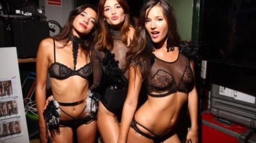 En la imagen, Malena Costa junto a las modelos Rocío Crusset y Desiré Cordero.