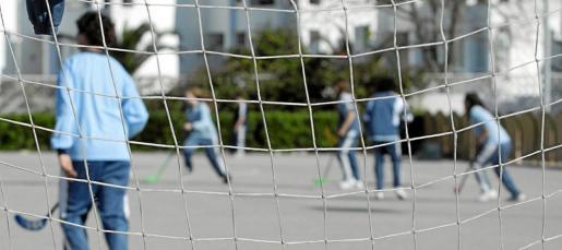 Los juegos de patio son señalados como un posible escenario de agresiones físicas entre alumnos.