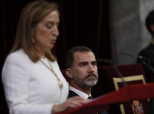 Ana Pastor, presidenta del Congreso, se dirige a los parlamentarios en calidad de tercera autoridad del Estado.