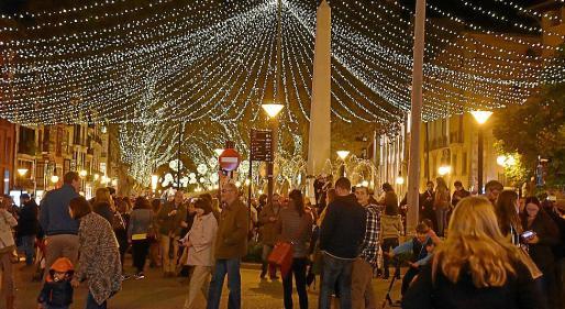 El encendido de luces tendrá lugar en Passeig del Borne por las obras de Cort.