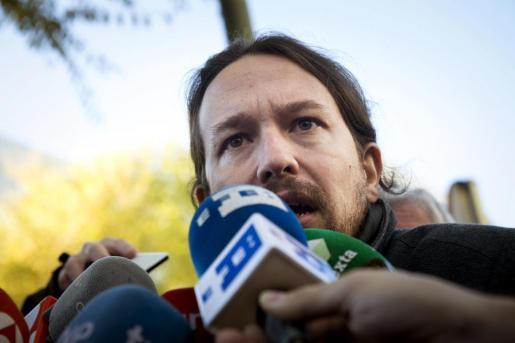 El líder de Podemos ha vuelto a cuestionar espacios institucionales como los besamanos.