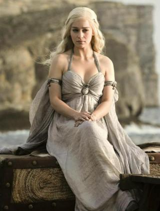 Emilia Clarke, conocida por su papel en 'Juego de Tronos', se suma al reparto de la película de la saga 'Star Wars' sobre Han Solo.
