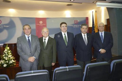 Antoni Bennássar, junto a sus predecesores en el cargo: Joan Gual, José María Sevilla, Miquel Triola y Enrique Sala. Foto: E.P.