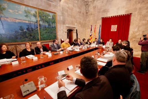 La nueva iniciativa se ha presentado a la prensa tras celebrarse la Mesa de la Vivienda.