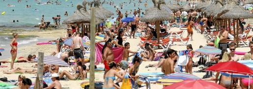 palma hoteles horrach moya y ambiente en la playa de palma y arenal   foto miquel a. cañellas